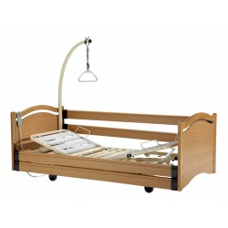 Euro 3001 - RAL 1015 with Boiserie I End boards (Bavarian beech)